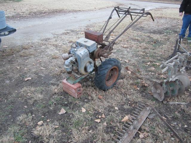 1951 Bolens Huski Gardener B6A4 two wheel garden tractor