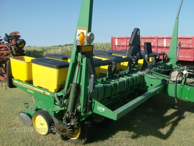 John Deere 6 Row Vacuum Planter 7200 Maxemerge 2 Nex Tech Classifieds