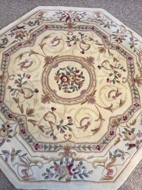 Royal Palace Octagonal Hand Tufted Wool