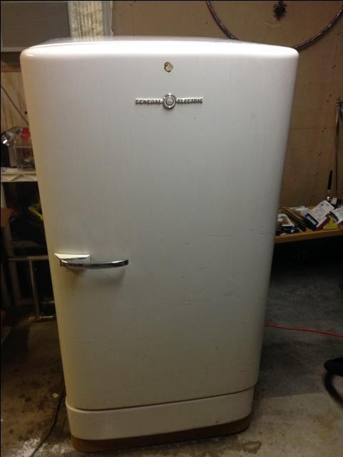 SOLD - Antique GE Refrigerator 1940-1950