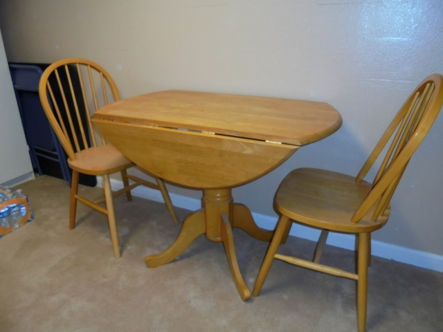 Oak Kitchen Table & Chairs REDUCED AGAIN!