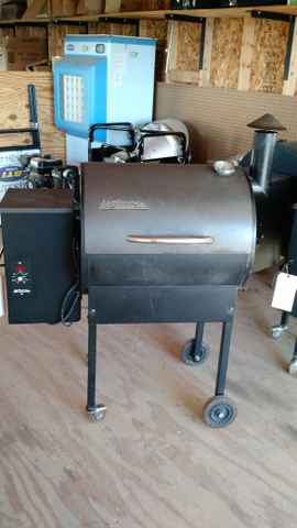 SOLD - USED BBQ07E ELITE TRAEGER GRILL - SMOKER