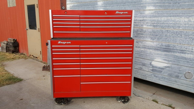 Sold Snap On Toolbox Top And Bottom Box Set