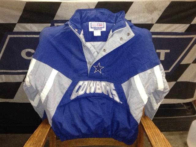 online store c5325 cb72b Dallas Cowboys Pullover Jacket