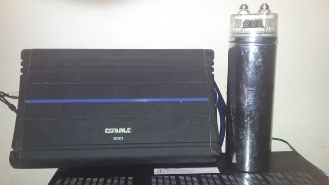 Orion Cobalt amp and Stinger 1 Farad capacitor