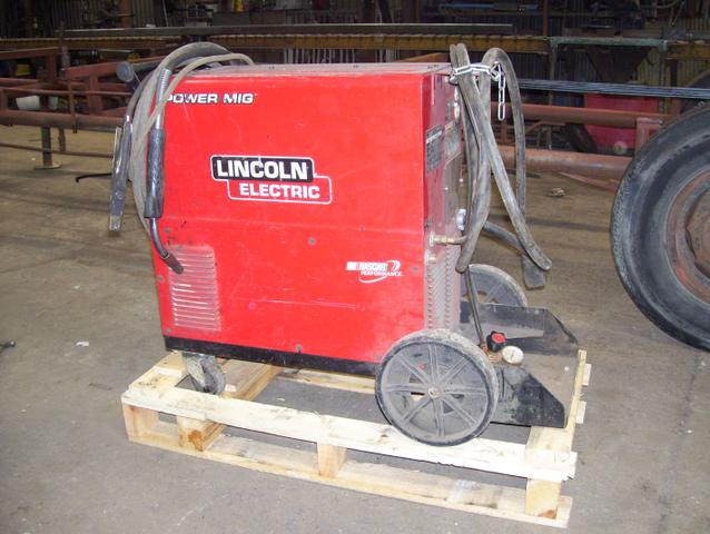 SOLD - Lincoln Electric 255XT used welders
