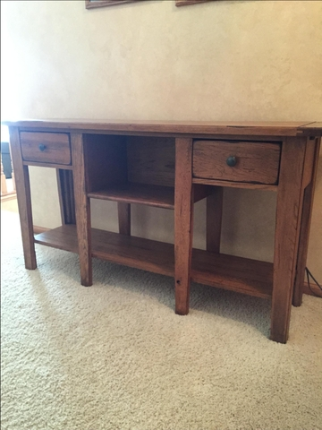 Tremendous Sold Broyhill Sofa Table End Table Attic Heirlooms Home Interior And Landscaping Pimpapssignezvosmurscom