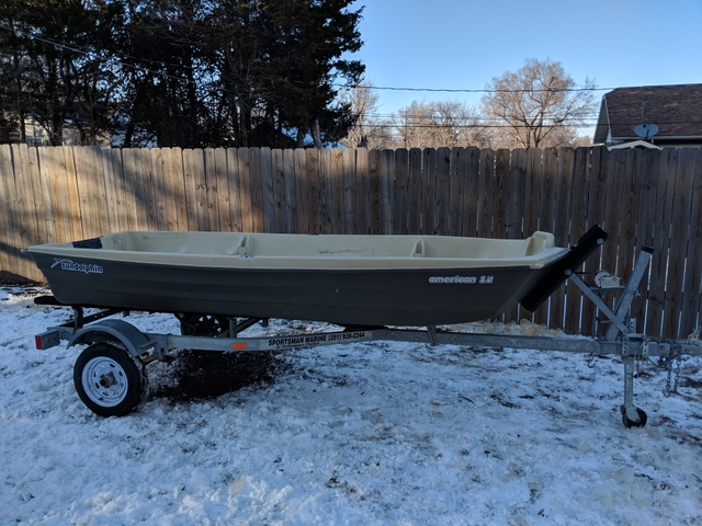 12 Jon Boat And Trailer 400
