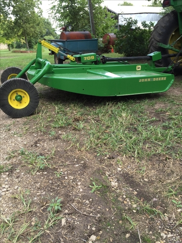 SOLD - John Deere 709 7ft rotary mower