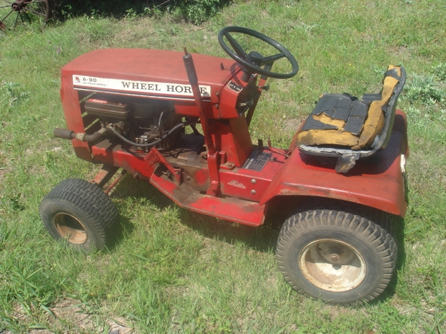 Lawn Mower Tractor >> Sold Wheel Horse A 90 Riding Lawn Mower Tractor