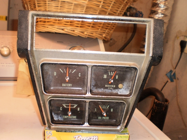 RARE OEM 1966 CHEVY IMPALA SS CAPRICE FACTORY GAUGE CLUSTER