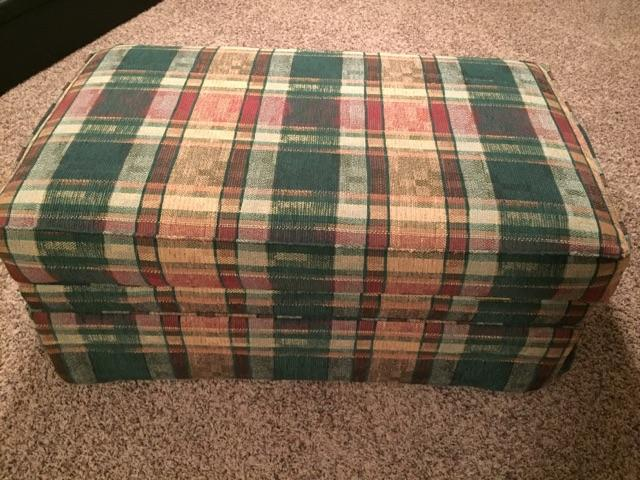 Astounding Sold Upholstered Plaid Storage Ottoman On Wheels Price Reduced Machost Co Dining Chair Design Ideas Machostcouk