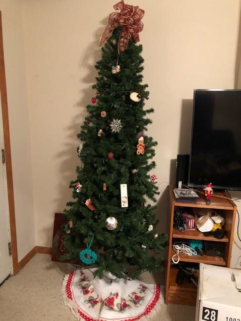 Skinny Christmas Tree.Skinny Christmas Tree
