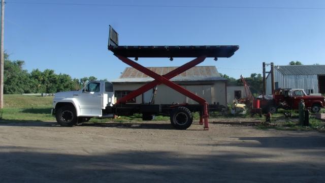 Ford F700 Roofers Truck Combination Scissor Lift Dump Truck Nex Tech Classifieds