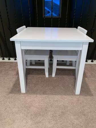 Superb Sold Crate And Barrel Kids White Toddler Table With 2 Chairs Gmtry Best Dining Table And Chair Ideas Images Gmtryco