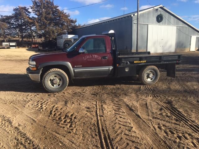 SOLD - 2000 Chevy Pickup