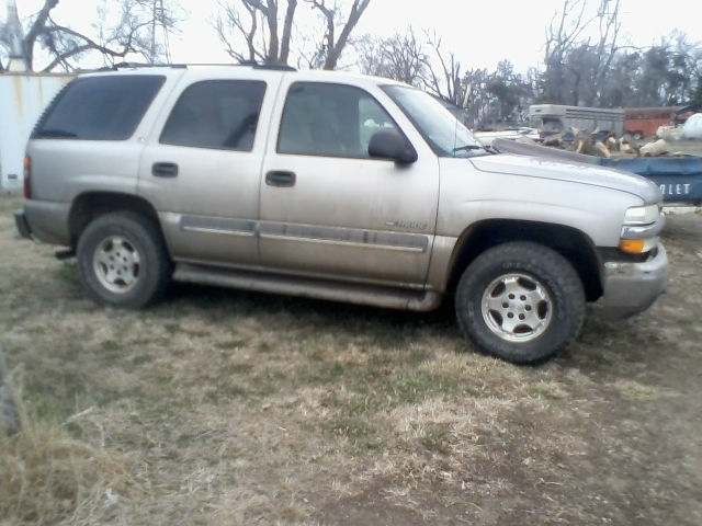 Parting Out 2002 Chevy Tahoe 4x4