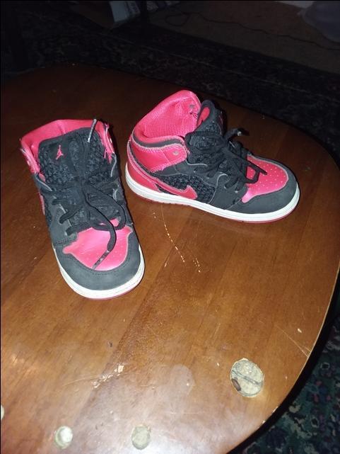 sports shoes 28be5 2d3d6 Toddler Air Jordans