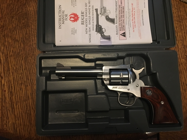 SOLD - Ruger single seven  327 federal