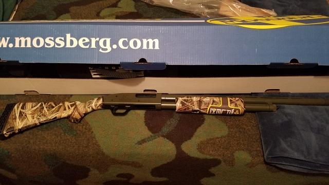 SOLD - 12 gauge Mossberg Flex Pump shotgun- Ducks Unlimited