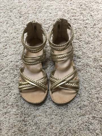 Girls Sandals ~ Size 2 - Nex-Tech