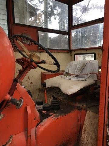 SOLD - Rare Allis Chalmers D19 Propane Tractor
