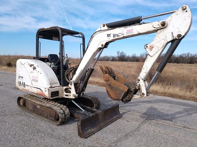 SOLD - 331 Bobcat Mini Excavator