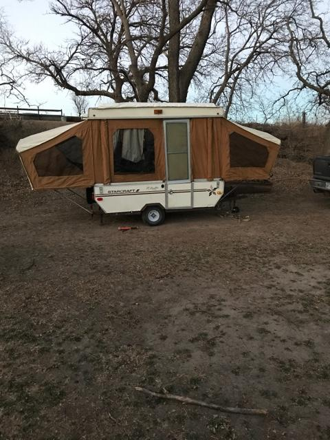 SOLD - 74 Starcraft pop up camper