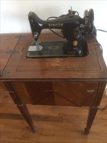 Singer 99k Sewing Machine In Cabinet