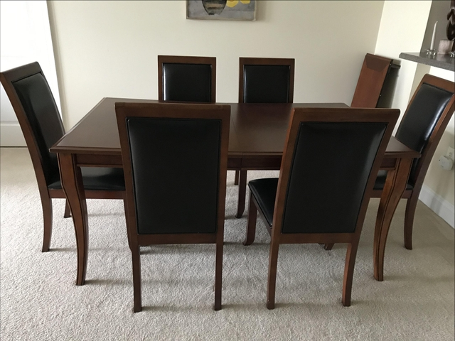 Dining Table W 6 Chair Set
