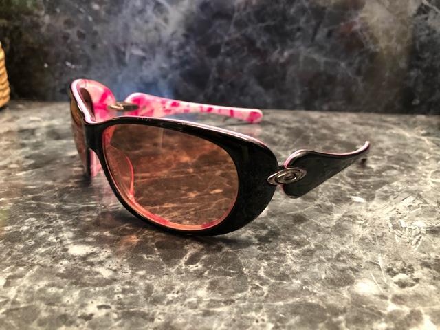 1522b34b84 Womens Oakley Sunglasses    - Nex-Tech Classifieds