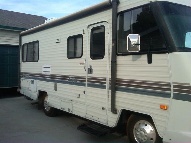 SOLD - 1988 Itasca Sunflyer
