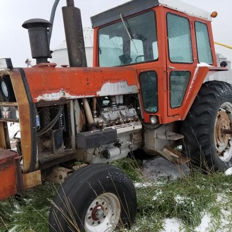 1975 MASSEY-FERGUSON 1155 Tractor