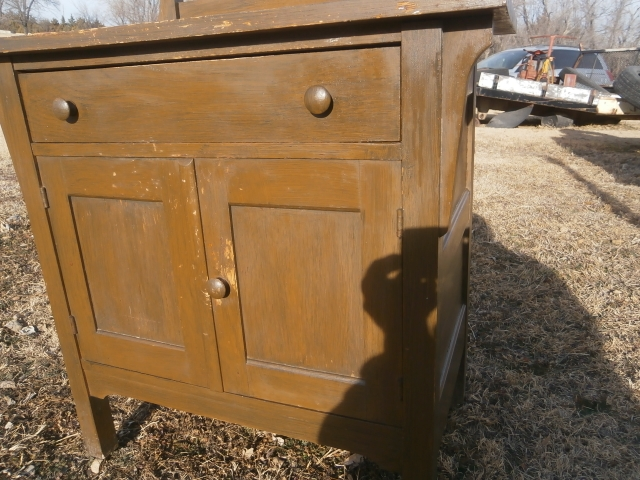 Period Dresser With Swivel Mirror